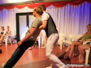 Blitzhypnose | Alexander Seel 2010 bei einer Hypnoseshow auf Ibiza